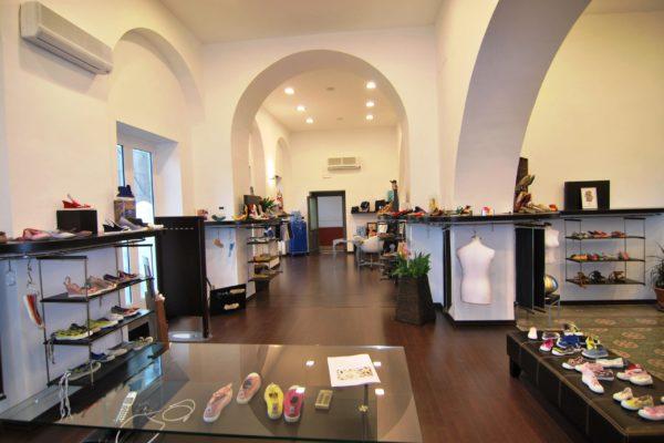 Impresa edile Napoli - Ristrutturazioni_Costruzioni_Case_Negozi_Rifacimento_facciate_EDILART-Gennaro-Fiorenza06